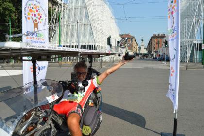 Bernard Cauquil - Suntrip - vélo solaire - vélo couché - Vainqueur Suntrip - vélo électrique